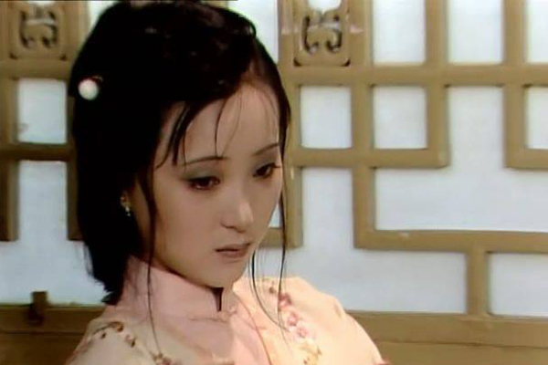 1987版红楼梦陈晓旭饰演的林黛玉剧照